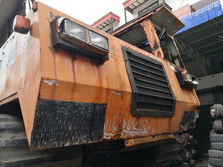รถบรรทุกตีนตะขาบ HITACHI CG45